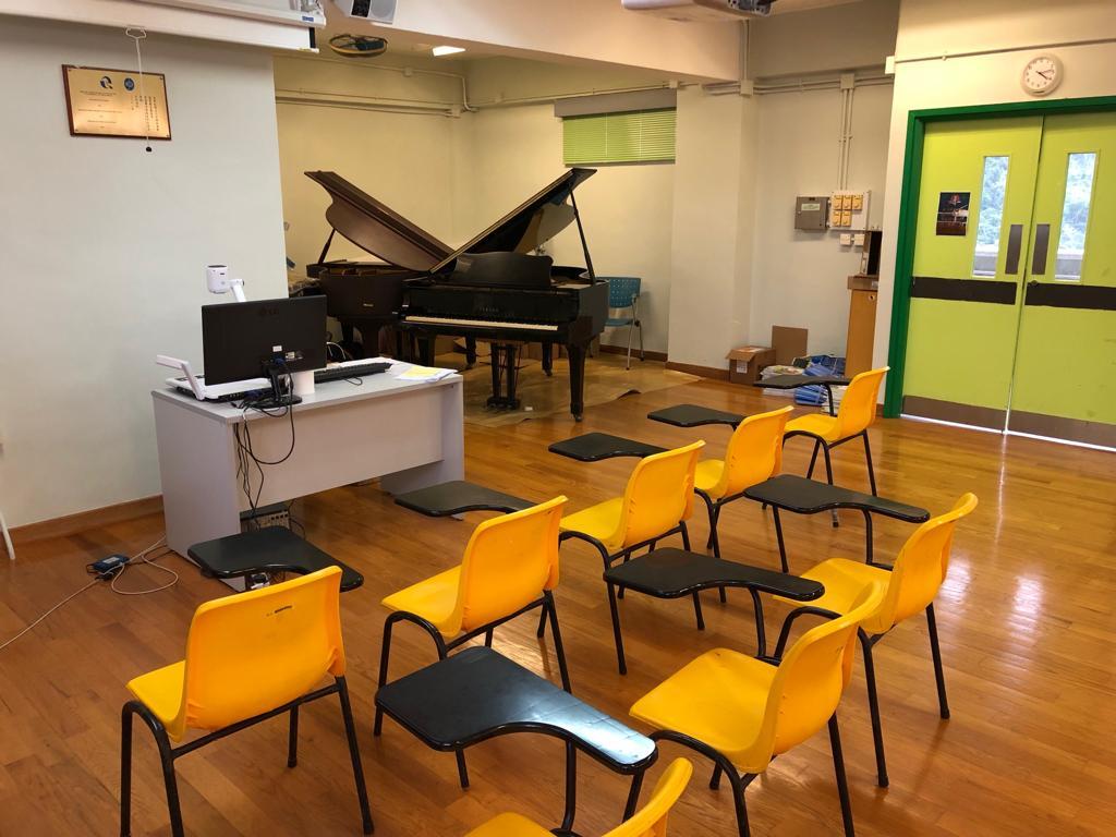 基督教香港信義會馬鞍山信義學校音樂學習室。