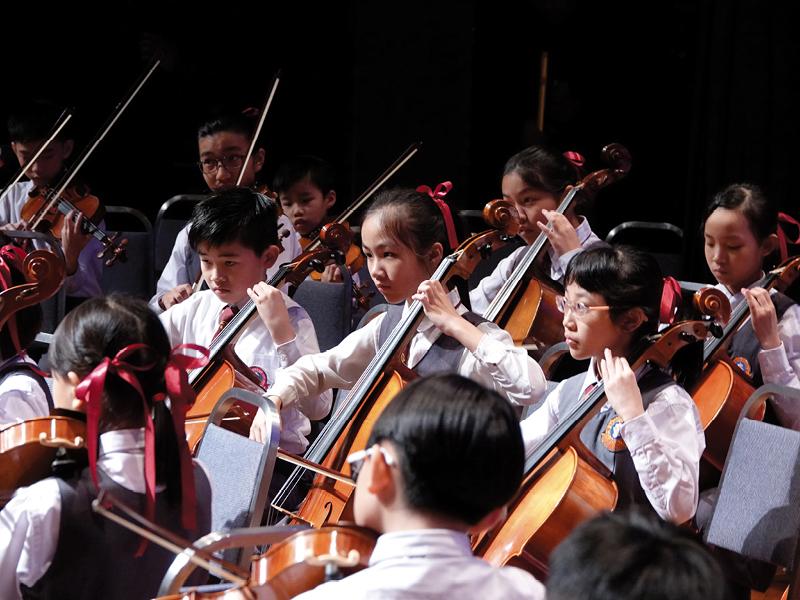 尹少琴校長十分重視多元智能發展,期望學生能在成績外,找到自己的興趣。