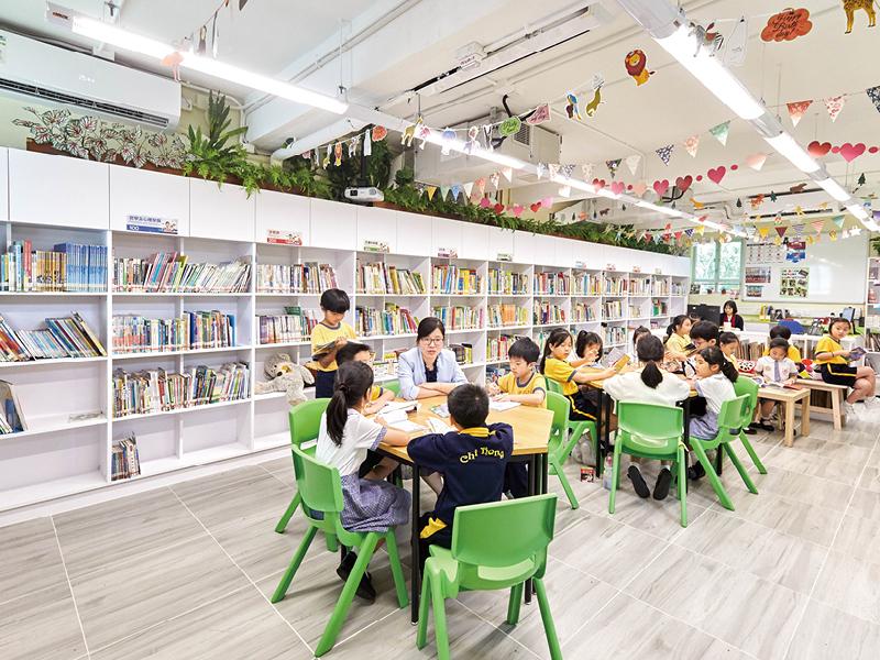 學校投放資源興建新圖書館,今學期啟用,鼓勵學生閱讀。