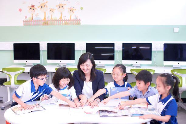 學校重視英語學習