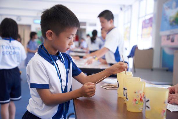 學校採用特色體驗課程, 輕鬆形式學習