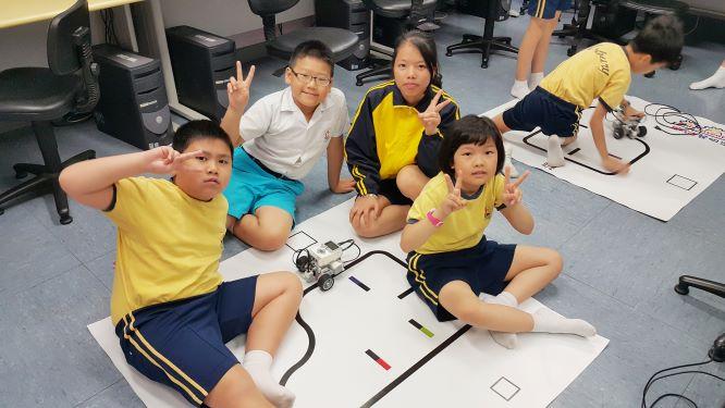 同學靈活學習科技知識