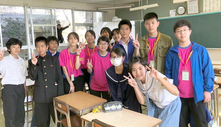 與沖繩學生交流,一同上課,締結友誼,擴闊社交圈子。