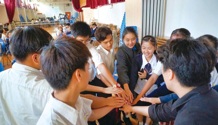 透過分組活動,讓同學投入學習,建立溝通協作技巧。