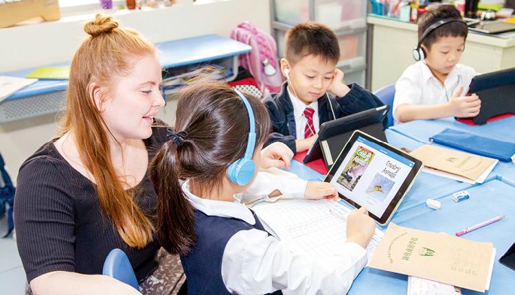 電子教學增加學習彈性,學生可按自己能力,選擇閱讀不同程度的書本。