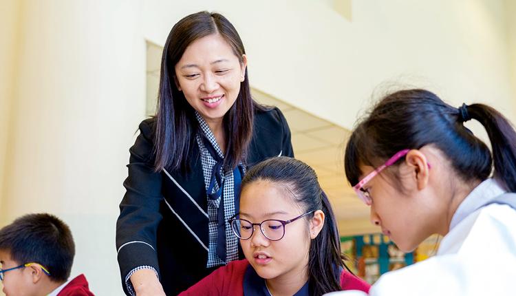 「品德教育對學生的成長尤其重要,未來我會秉承何小歷年來建立的根基,因應學生需要而完善學校、聯繫社區,從德育和教與學出發,讓孩子擁抱正向人生。」 中華基督教會何福堂小學  翁美茵校長