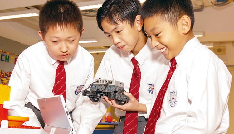 學生掌握了科學原理、數據分析的技巧,嘗試設計科技產品。