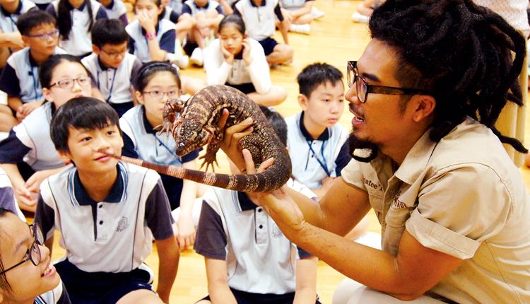 學校在 English Fun Day 舉辦愛護動物講座,以主題形式帶動學生對英語學習的興趣。