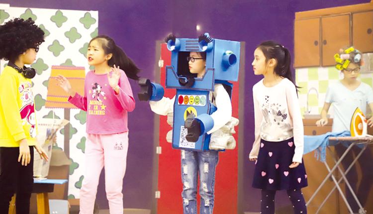 英語話劇組連續兩年獲教育局邀請作公開演出。