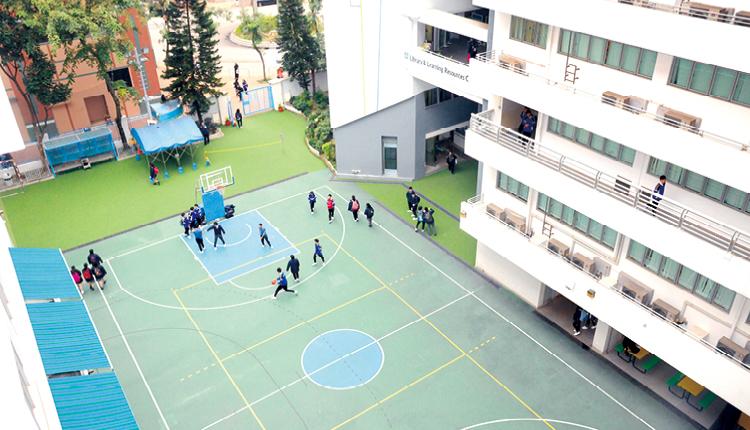 譚日旭校長希望學生能在林大輝中學的協助 下,於人生下半場的事業發展,有更多出路和選擇。