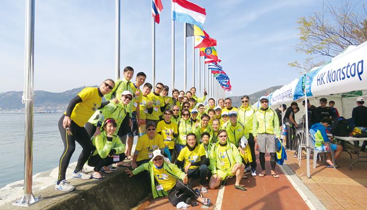 同學們遠赴韓國昌原市參加國際龍舟邀請賽。
