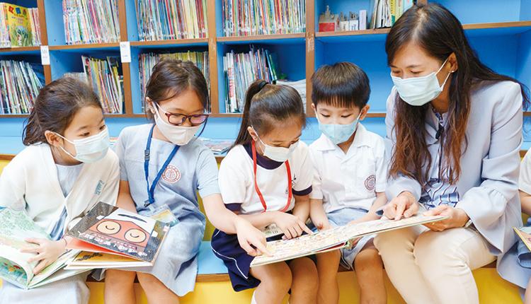 梁玉華校長相信最重要的教育目標是培養學生的良好品德及正向思維,從而誘發他們自主學習的動力,發揮亮點。