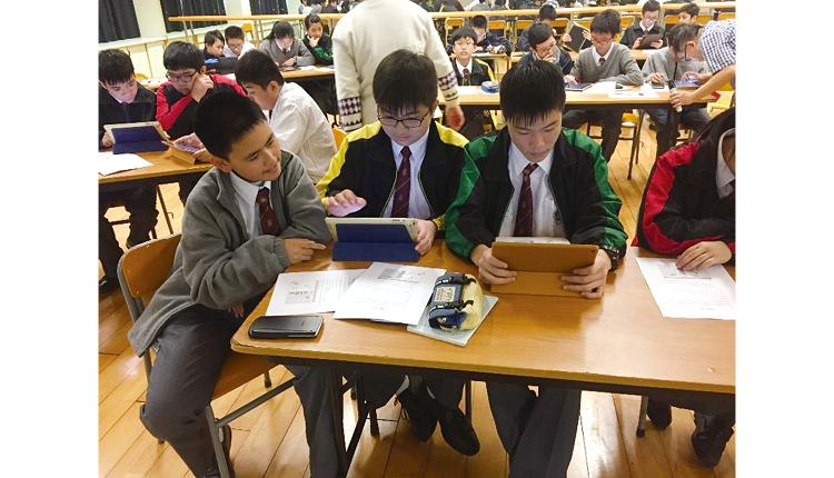 於本學年新到任的校長王志偉先生,本著「重視教學資源,推展愛的教育」的理念,帶領專業教學團隊,培育學生成為未來能夠獨當一面的世界公民。