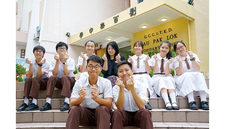 黃慧文校長訴說如何培養學生的自學能力,並同時讓全校一起參與提升學生的英語能力,令成績不斷進步。