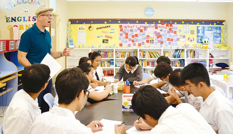 洪楚英校長指出,學校所做的一切,皆為了讓學生在學業和身體發展上,可以同步發展,身心健康,才能邁向成功的人生路。