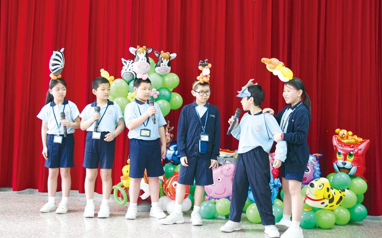 啟基學校(港島)透過教育局的資助協調計劃,引入話劇及辯論課程。