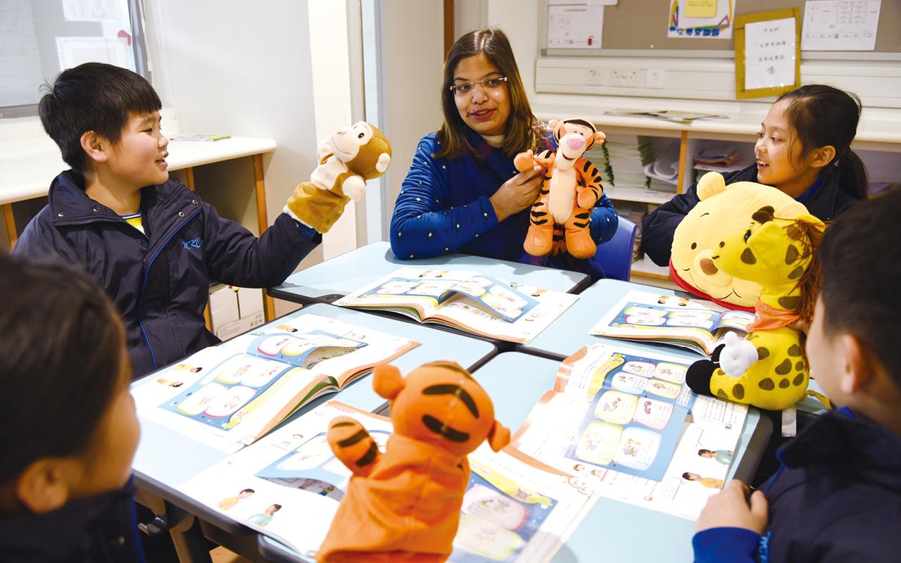 該校英文科致力為學生提供多元化而適切的學習活動,提高他們學習英文的興趣和能力。