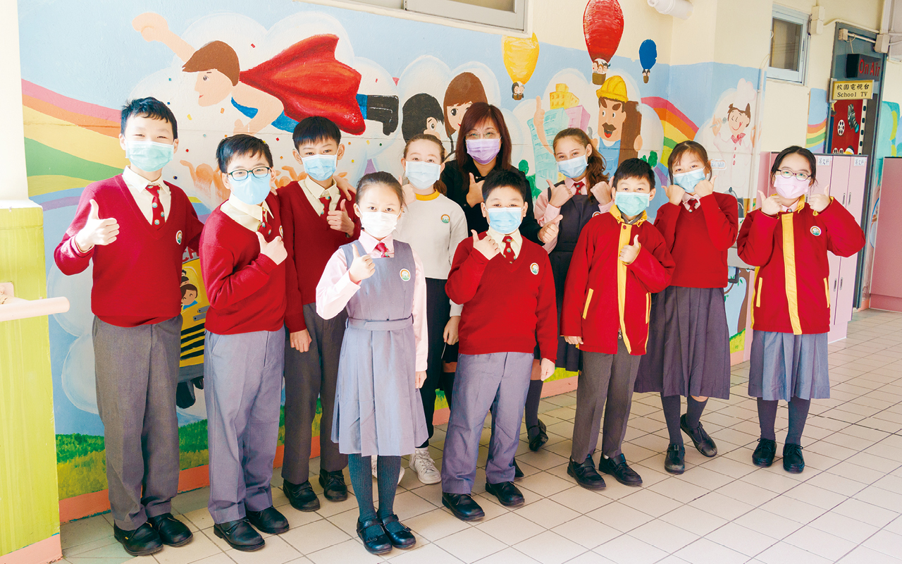 學校的英語課程重視活學活用,加入跨學科及STEM元素,以合作學習形式進行,讓學生發揮互助精神。