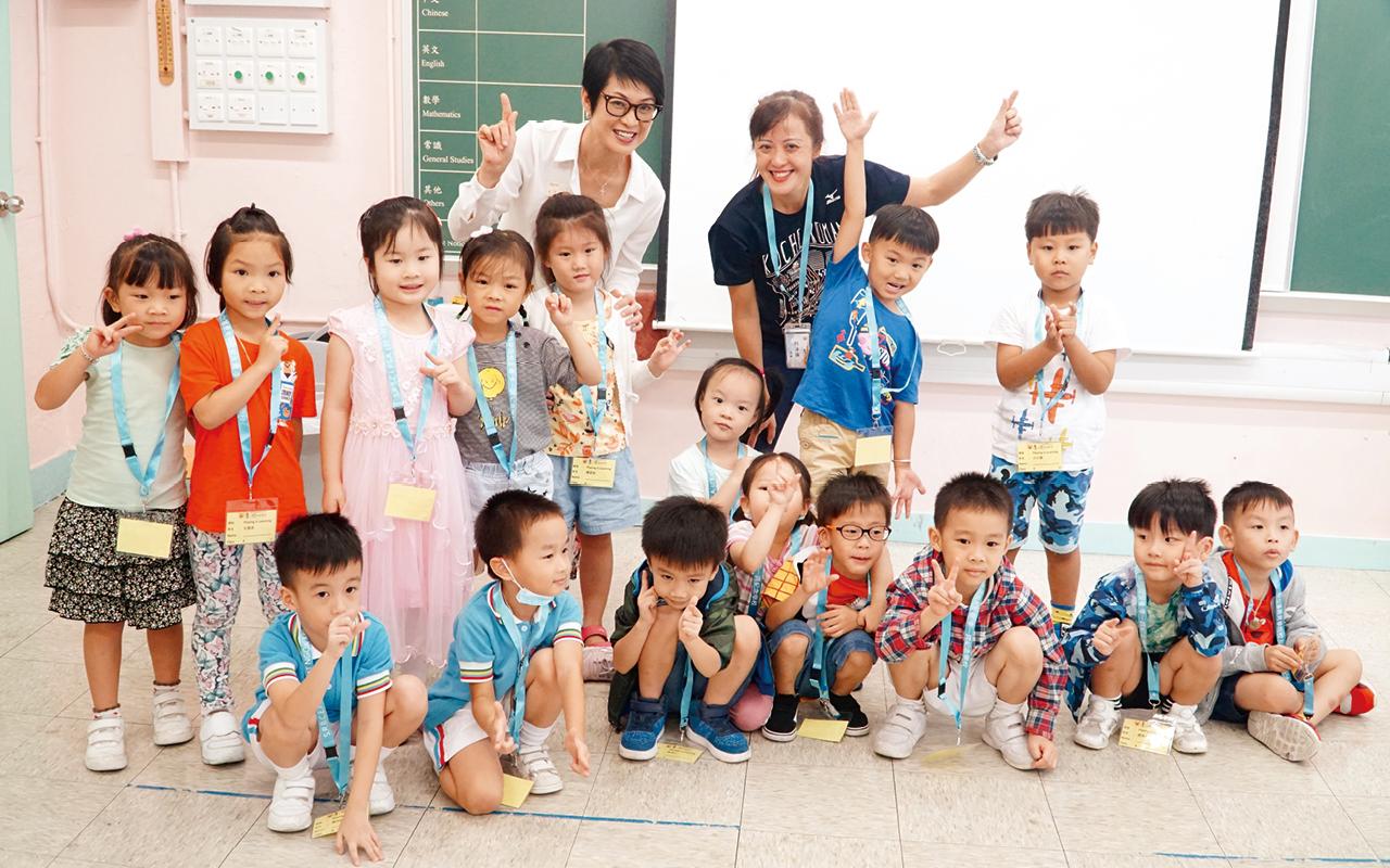 學校十分重視學習英語的語境、學生成長的環境,以及師生之間的相處,透過多元有趣的體驗式教學,大大提高學生學習英語的興趣及能力。