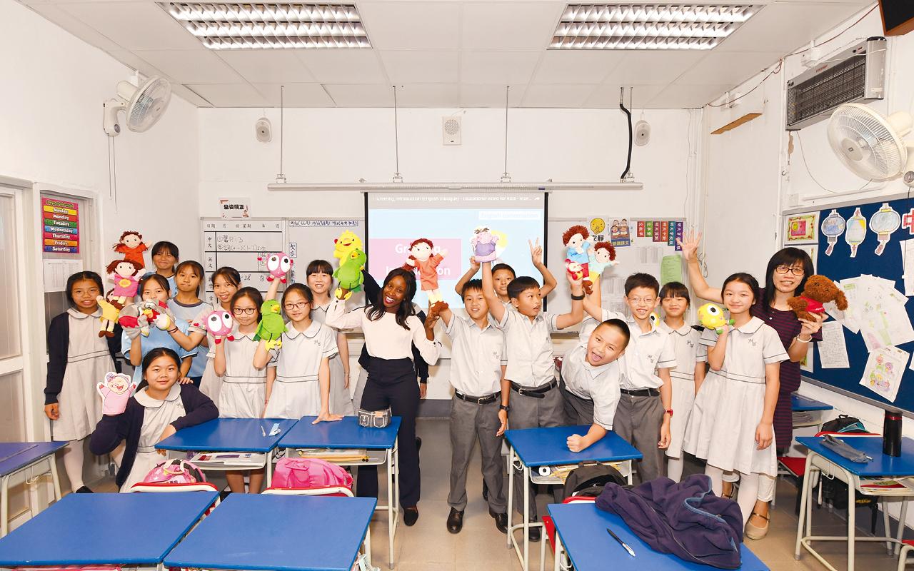 強大的英語教師團隊參照整個課程,自製校本教材致力製造豐富的英語環境。
