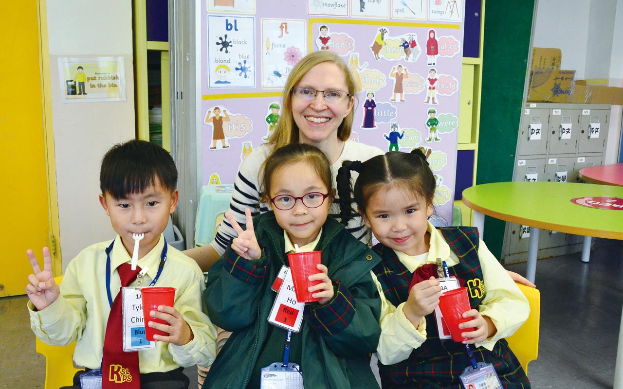 校長及老師均用心營造全校英語氛圍,令學生愉快地學習英文。