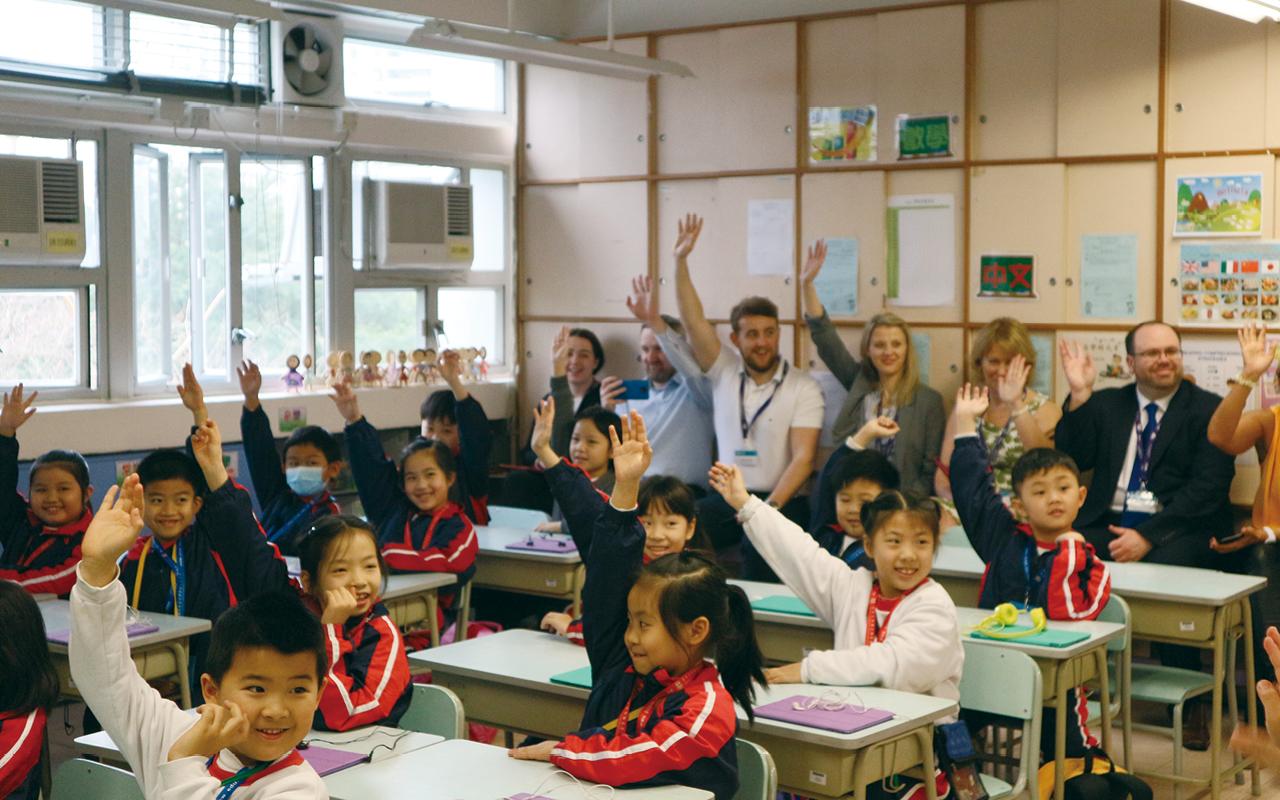 與來自世界各地的教育專家一同上課—珍貴、獨特和有趣的體驗。