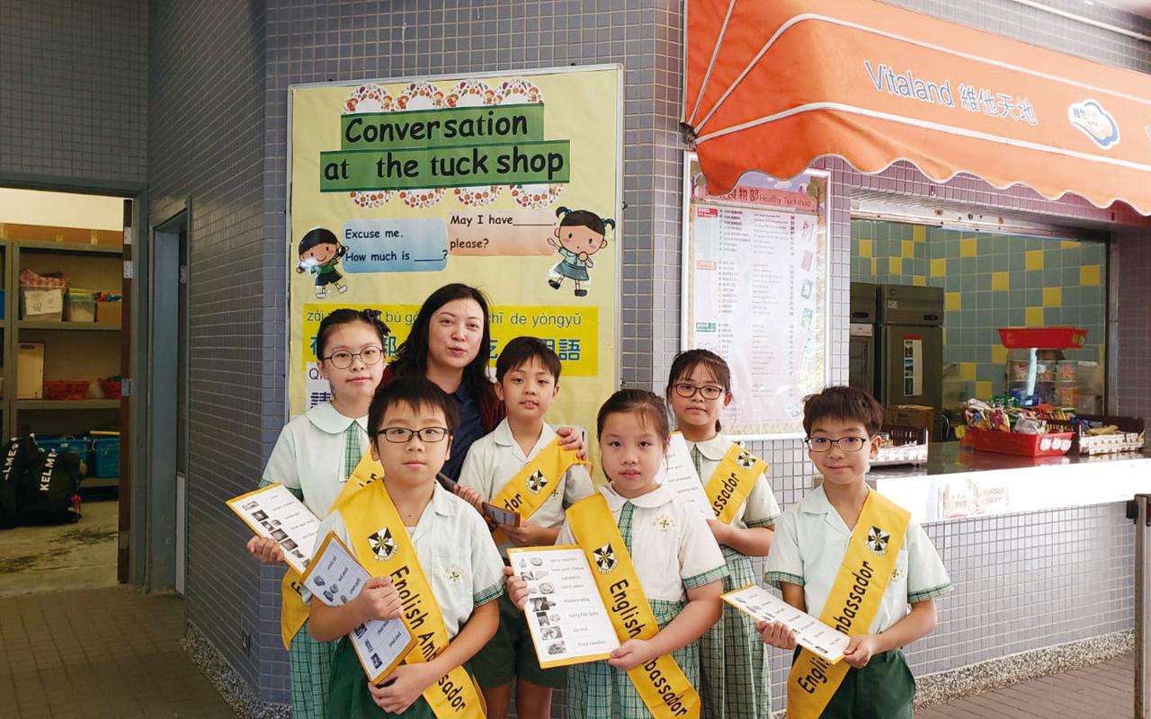 老師用心設計多元活動,讓學生從日常生活中練習英文。