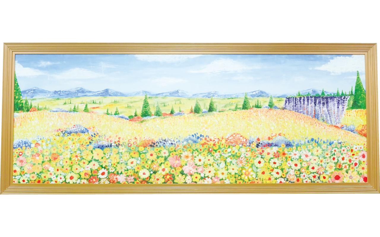 該校每年均會邀請藝術家籌辦家長藝術課程,圖為家長繪製的大型壁畫,構圖精緻。