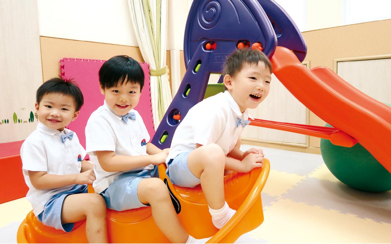梁碧珊校長強調「少即是多」,希望小朋友在幼稚園階段多留白,容讓他們有做回孩子的時間和空間,給予他們盡情探索的機會。