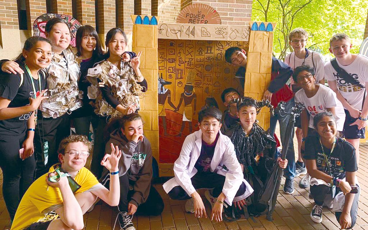 近年學校多次代表香港遠赴美國參加創意思維世界賽,屢獲佳績。