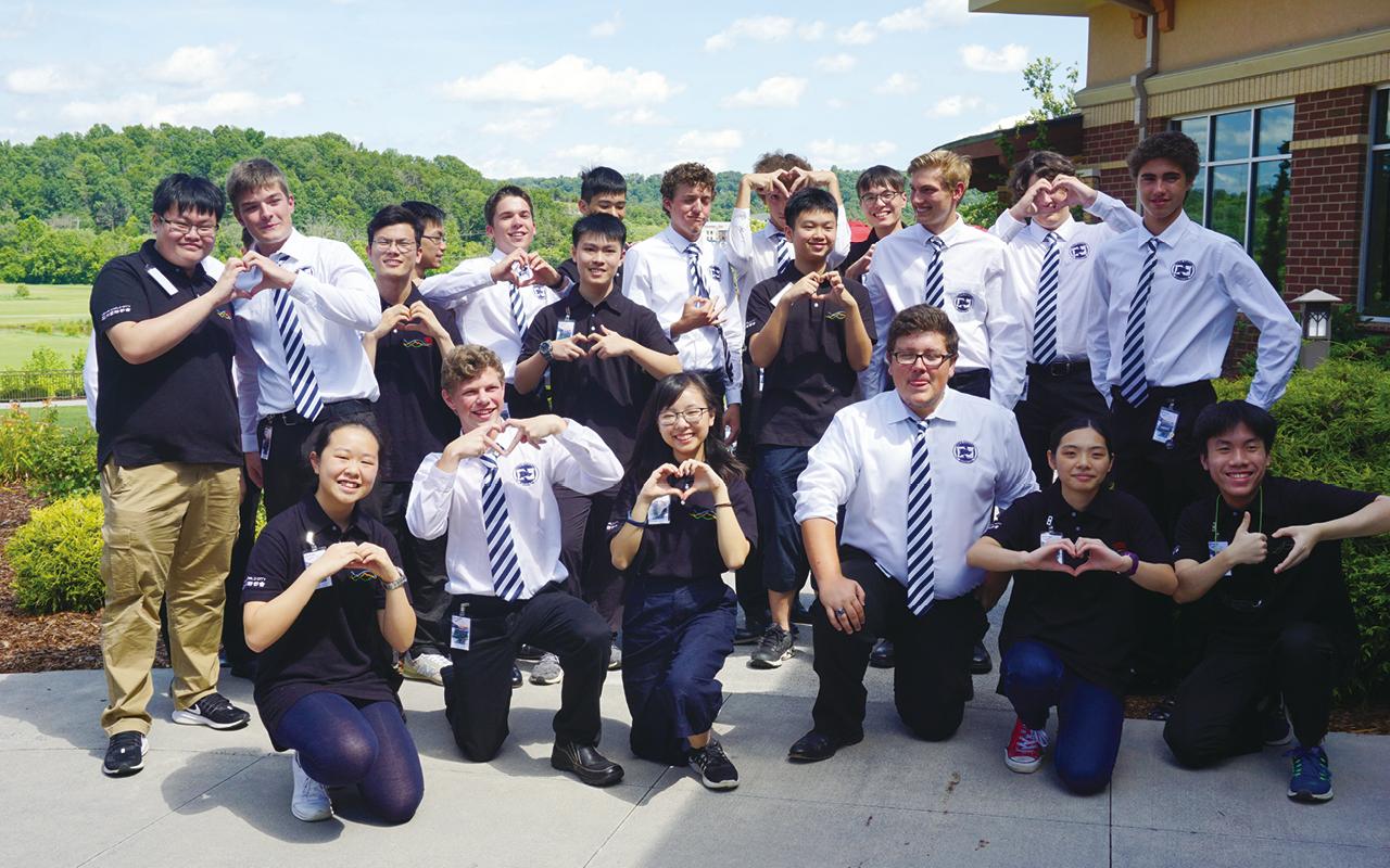 學校每年更會舉辦到澳洲和紐西蘭的文化交流團,讓學生體驗生活。
