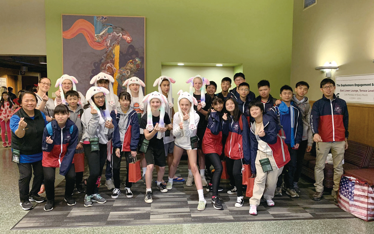 學校自2017年開始承辦「創意思維世界賽香港區賽」,該比賽是源自美國的國際級教育活動,啟發學生在創意思維、STEAM及創新科技方面的學習興趣,並為香港學生締造更多海外交流及學習的機會。