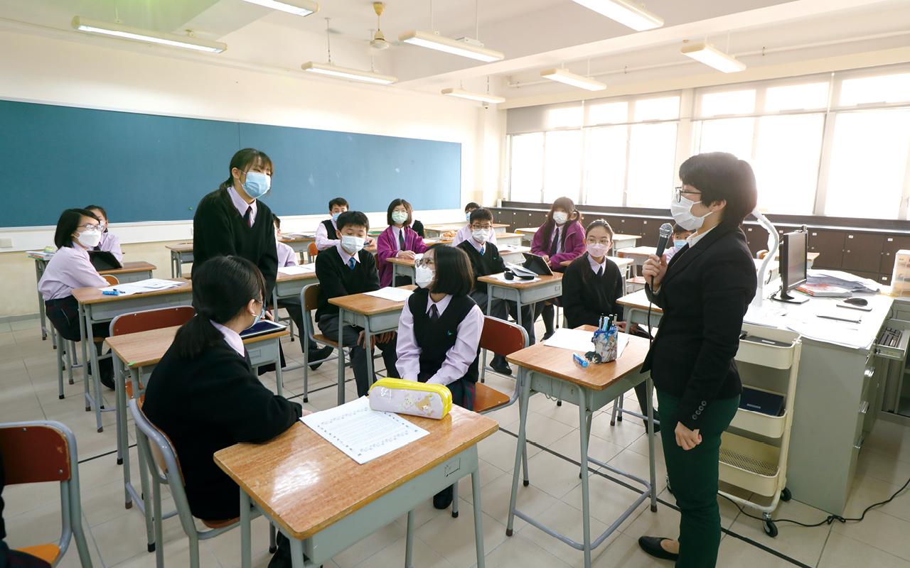 關穎斌校長強調,直資學校能彈性調撥資源,着重製造學習英語的優良環境。