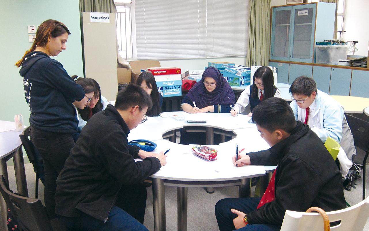 跨科協作亦是學校的重點方針。從初中至高中,不同科目均以跨科形式舉辦多元化活動及比賽。