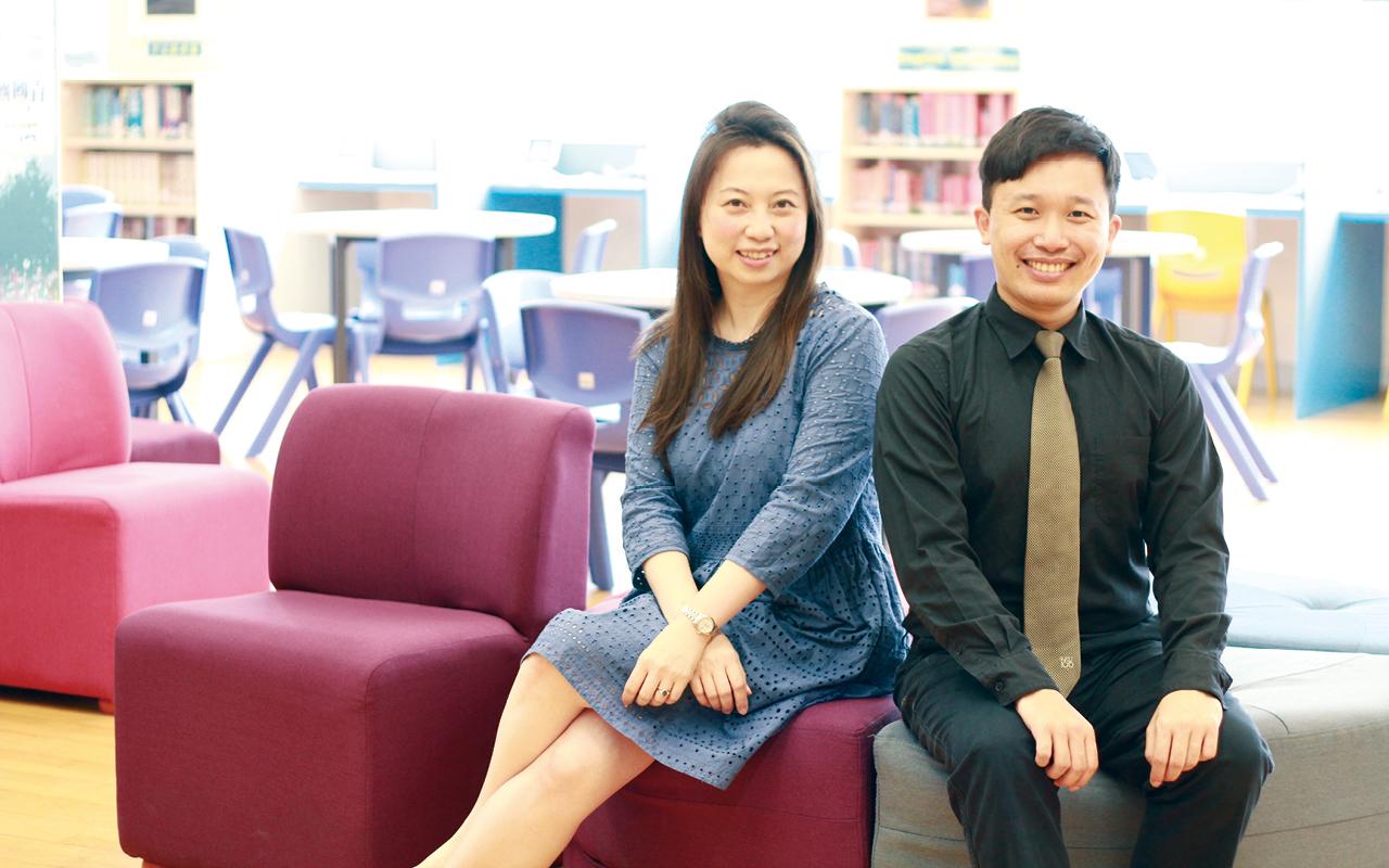 (左起)麥惠芝英文科主任、余俊烈英文科主任