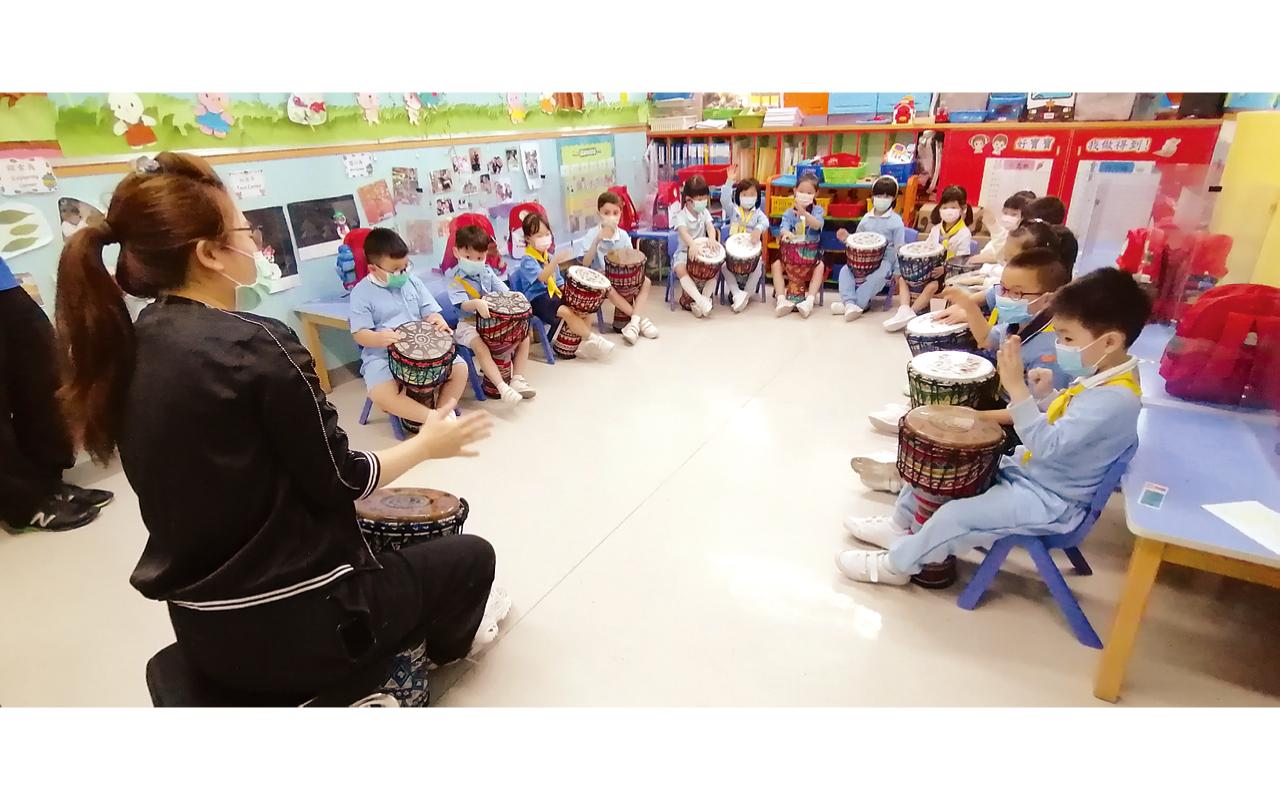 多姿多彩校園生活 - 非洲鼓興趣班