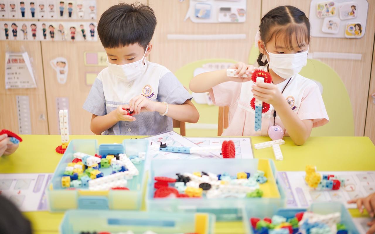 學校亦即將推行日本積木課程,增加學生在科學層面上的涉獵。
