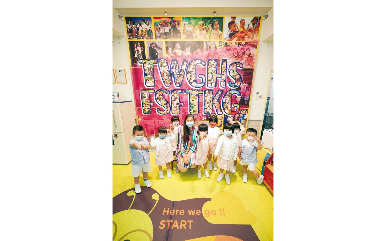 東華三院方樹福堂幼稚園把握孩子珍貴的啟蒙期,為了讓他們享受學習的過程,以遊戲、活動形式擺脫傳統教育狹窄單向的思維模式,讓學生自然地體驗學習樂趣。
