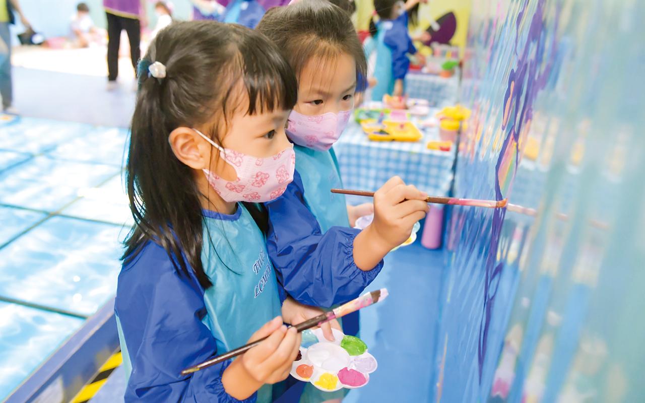 馮佩珊校長表示,和教師團隊在管理和課程建設上有着清晰的目標──培育孩子的學習興趣,助他們順利銜接小學的學習環境。