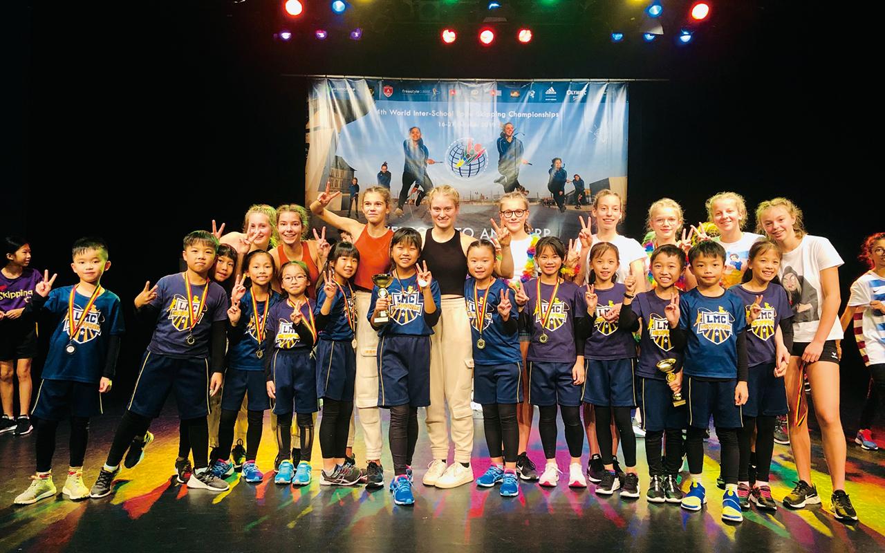 跳繩隊在比利時參加比賽。