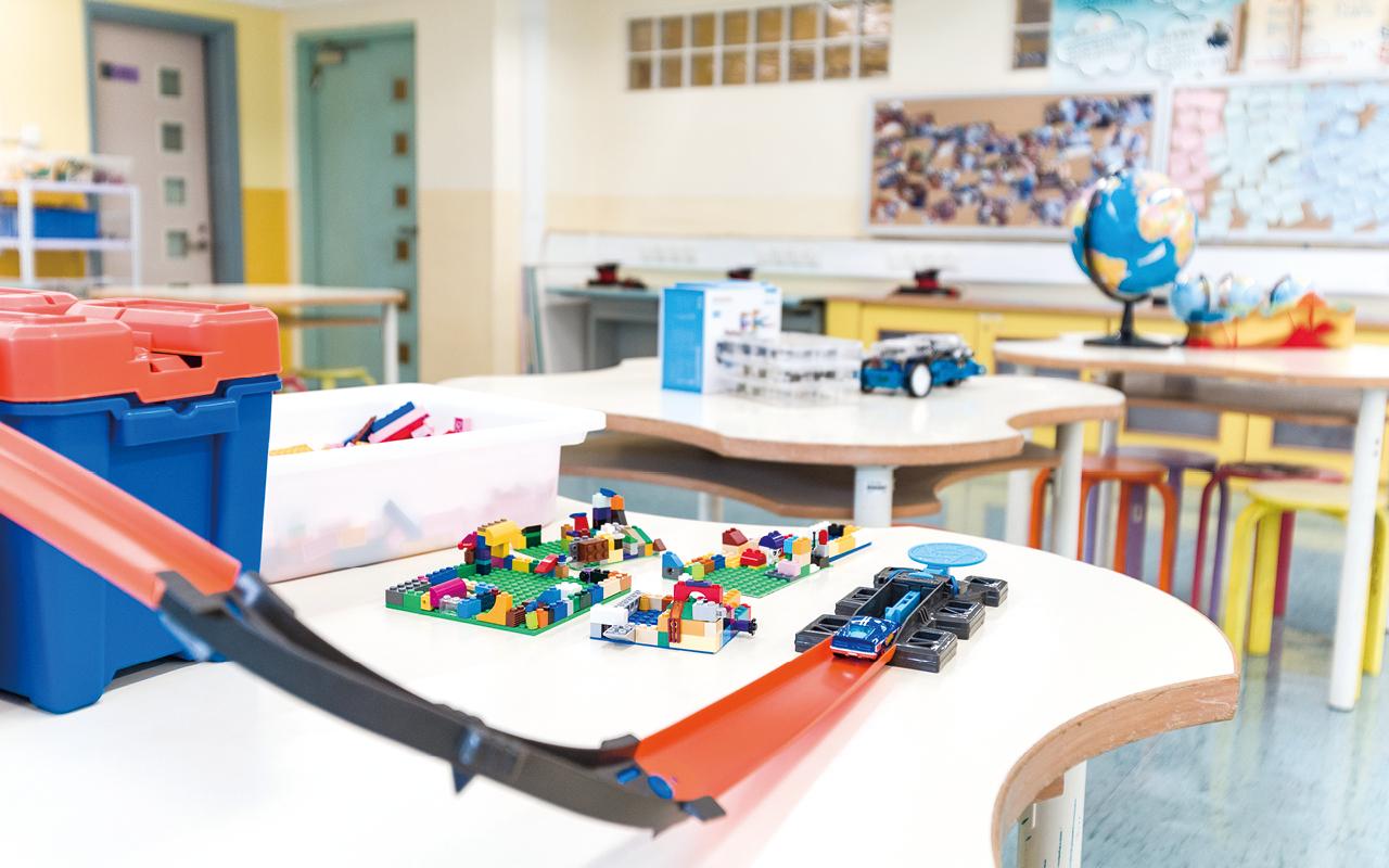 教學團隊會負責按各學科特色去設計電子教學課程,貼近學習需要。