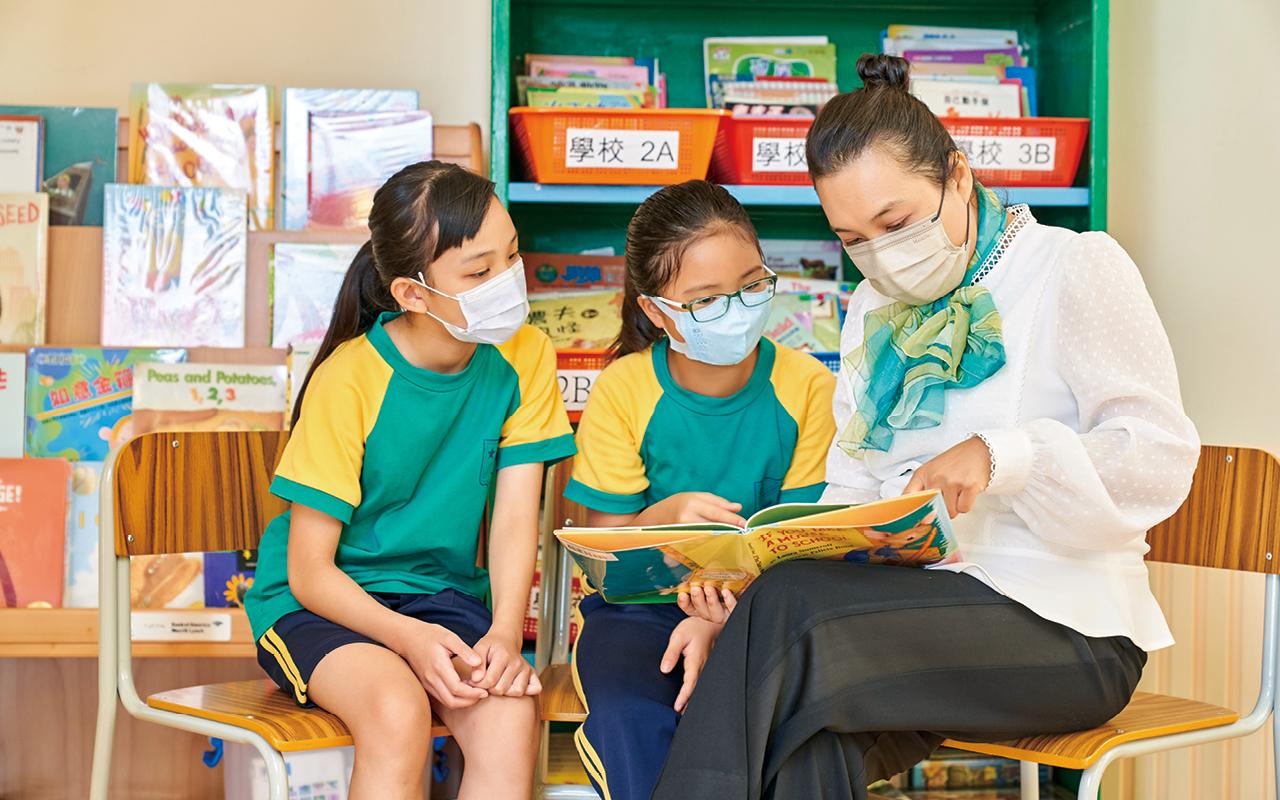學校英文科充份發揮平台優勢,學生不但能增廣見聞,更可增加識字量,真正達致從閱讀中學習。