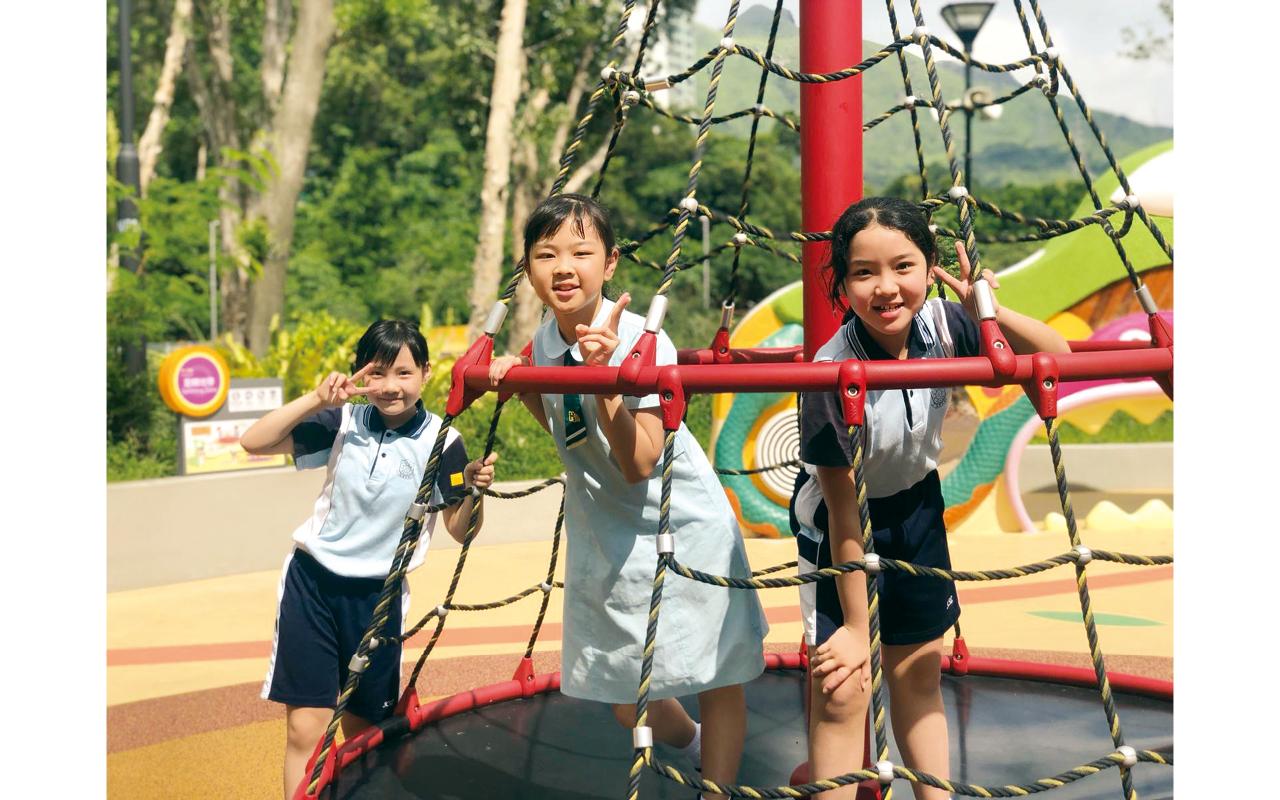 學校本年度新增學生培育日。當天,一、二年級的學生會進行品格遊歷,從認識自我開始,了解自己的特質和長處。