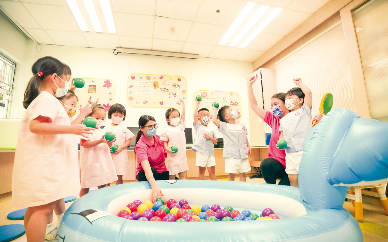 課程全面涵蓋幼兒的學習需要,讓他們獲得均衡的發展。