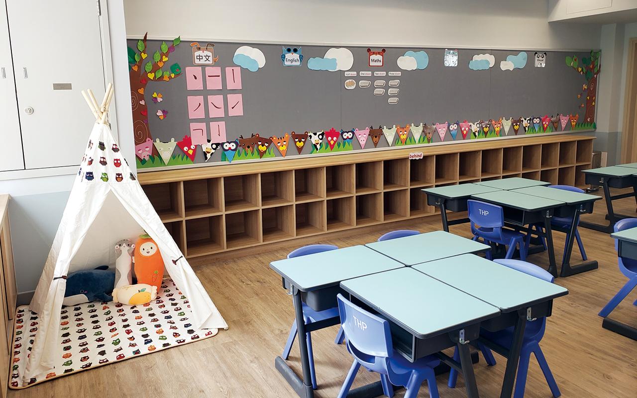學校以共享空間作規劃概念,希望藉此拉近師生的距離,增加學術交流的風氣。