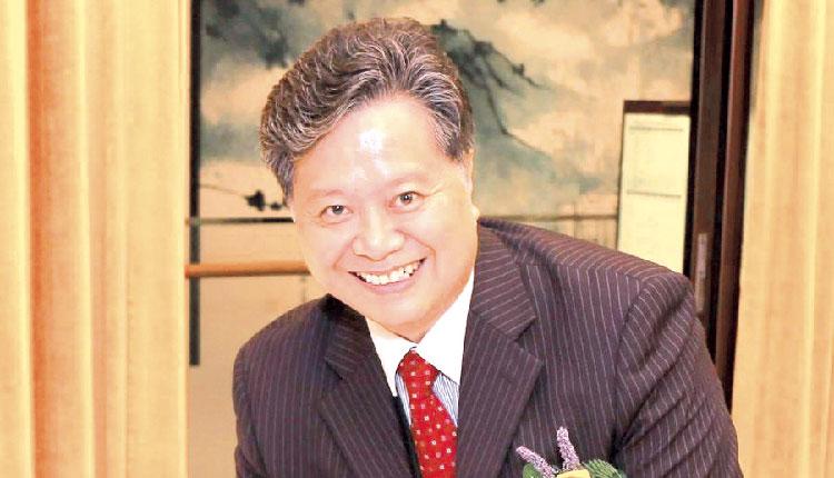 教育傳媒:陳耀明校長 長洲官立中學 香港副校長會會務顧問 教聯會優秀教師 網絡理事會主席
