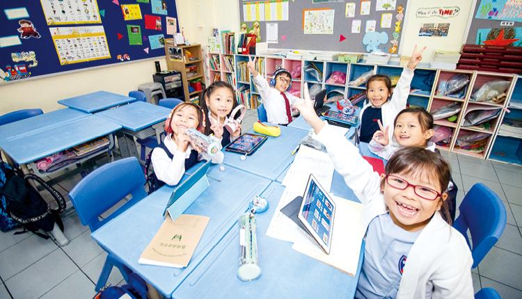 學生在功課輔導堂完成 大部分家課,可享有更 多課餘時間。