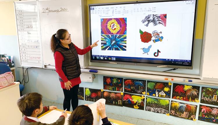 學校重視學生在資訊科技方面的培養,教學上積極應用相關技術方案。